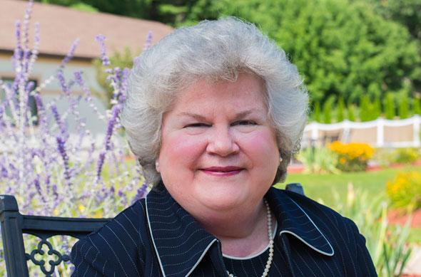 Photo of Jodi Holton